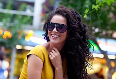 Campaign Shoot sunglasses with melissa Sneekes